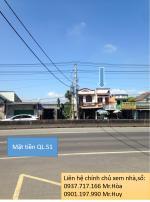 Bán căn nhà + đất trên MT QL51 - Ngay ngã 3 , 2MT - Đối diện UBND xã.